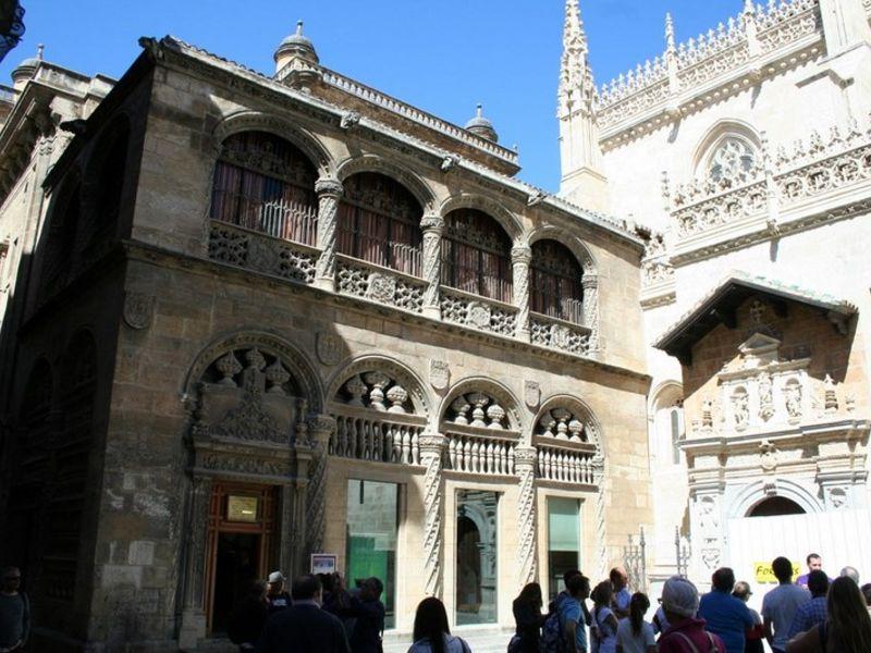 Granada essential | GarnataTours com